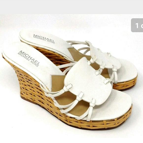 b24e8f8738e8 Michael Kors MK Strappy Wedge Sandals 6.5. M 5a6e8b6d2ae12faee0cbc849